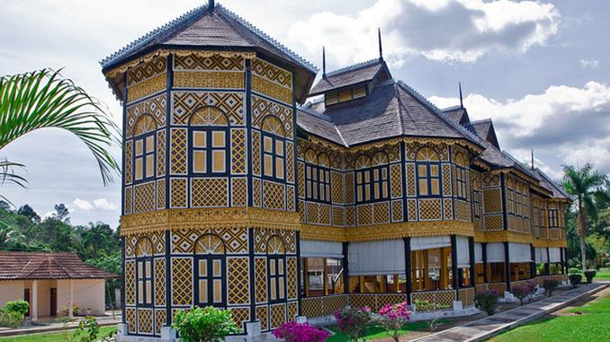 Museo Real de Perak al recorrer Malasia
