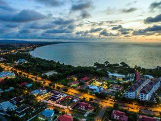 Miri ciudad de Borneo bahía Luak