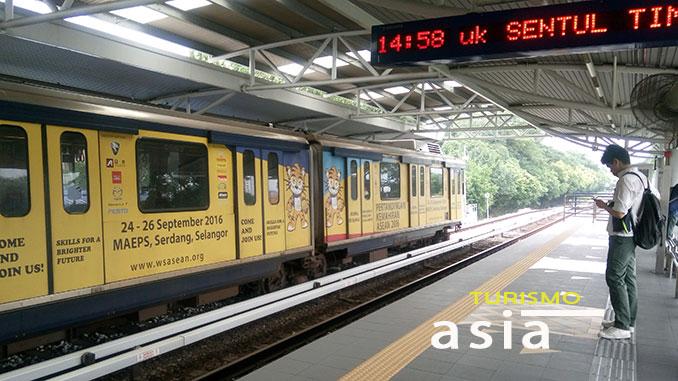 te contamos como moverte en tren por Kuala Lumpur