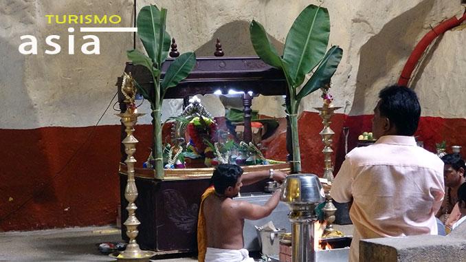 El templo hindú de Batu Caves en Malasia