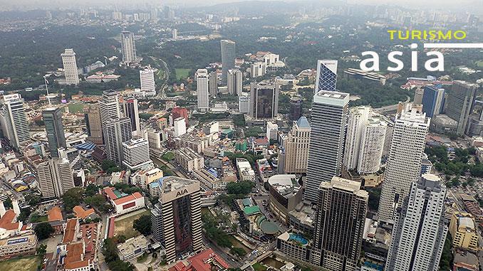 Las vistas de la torre menara en Kuala Lumpur