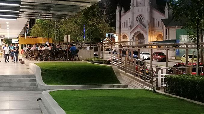 Mamak restaurant en Kuala Lumpur muy recomendable por la zona y el servicio