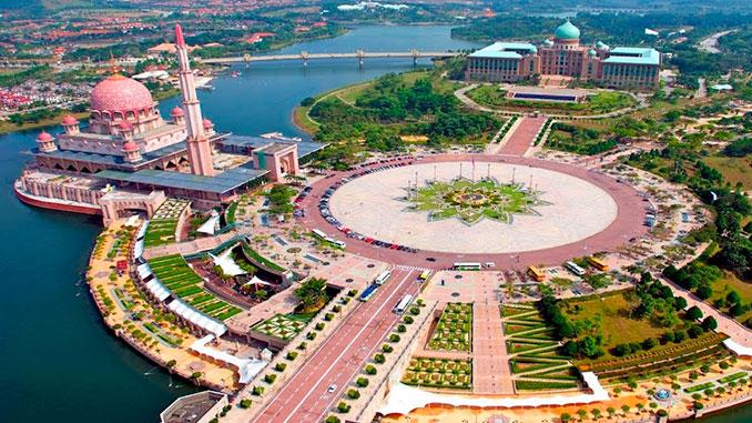 Visitar Putrajaya en la península de Malasia