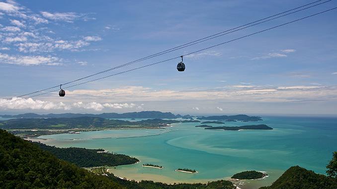 Cable car en la isla de Langkawi en Malasia