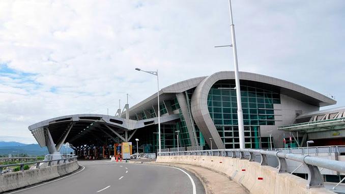 Aeropuerto de KK al visitar Kota Kinabalu