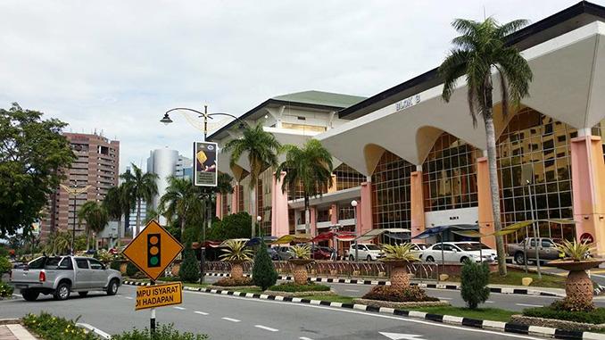 La ciudad de Labuan en Borneo
