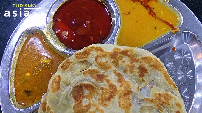 qué comer en Malasia, try the roti canai in Malaysia