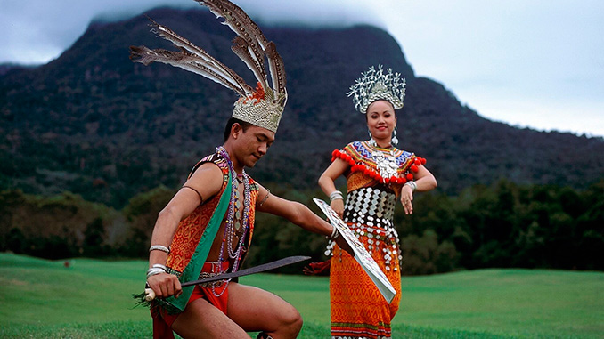 los habitantes de la isla de Borneo