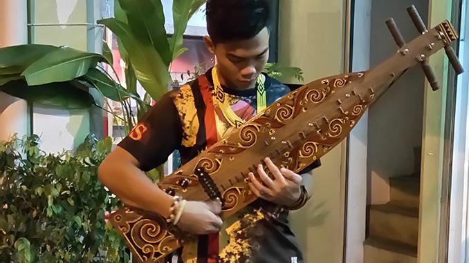 Borneo música y actividades