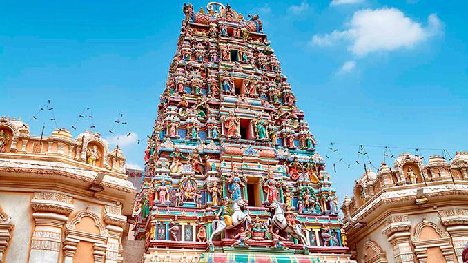 templo hindú Sri Mahamariamman entre lo que ver en Kuala Lumpur