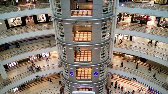 Centro comercial KLCC en las Petronas de Kuala Lumpur